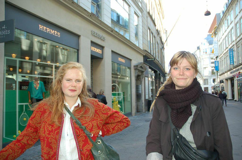 Copenhagen Girls: Clara and Simone 2