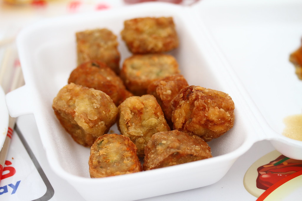 Singapore Favourite Food 2013: China Street Fritters