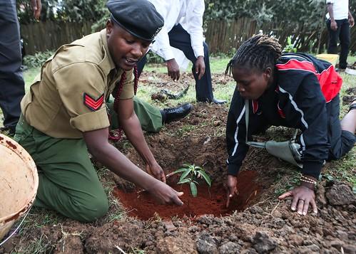 (5)KENIA-NAIROBI-POLITICA-MANDELA