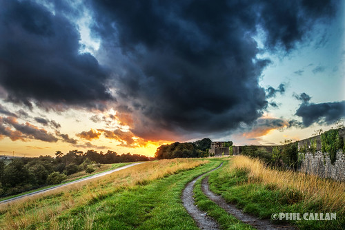 ireland sunset dublin storm clouds phoenixpark magazinefort