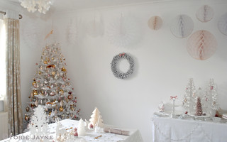 Dressing my dining room for Christmas