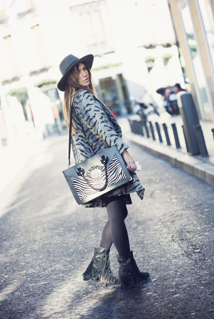 street style barbara crespo madrid in love pop up store xmas fashion blogger madrid