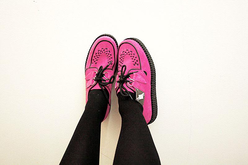 pinkcreeps2