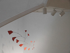 A06879a / light on Calder mobile at the Phillips Collection
