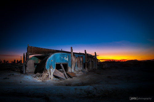 bombay beach wreckage