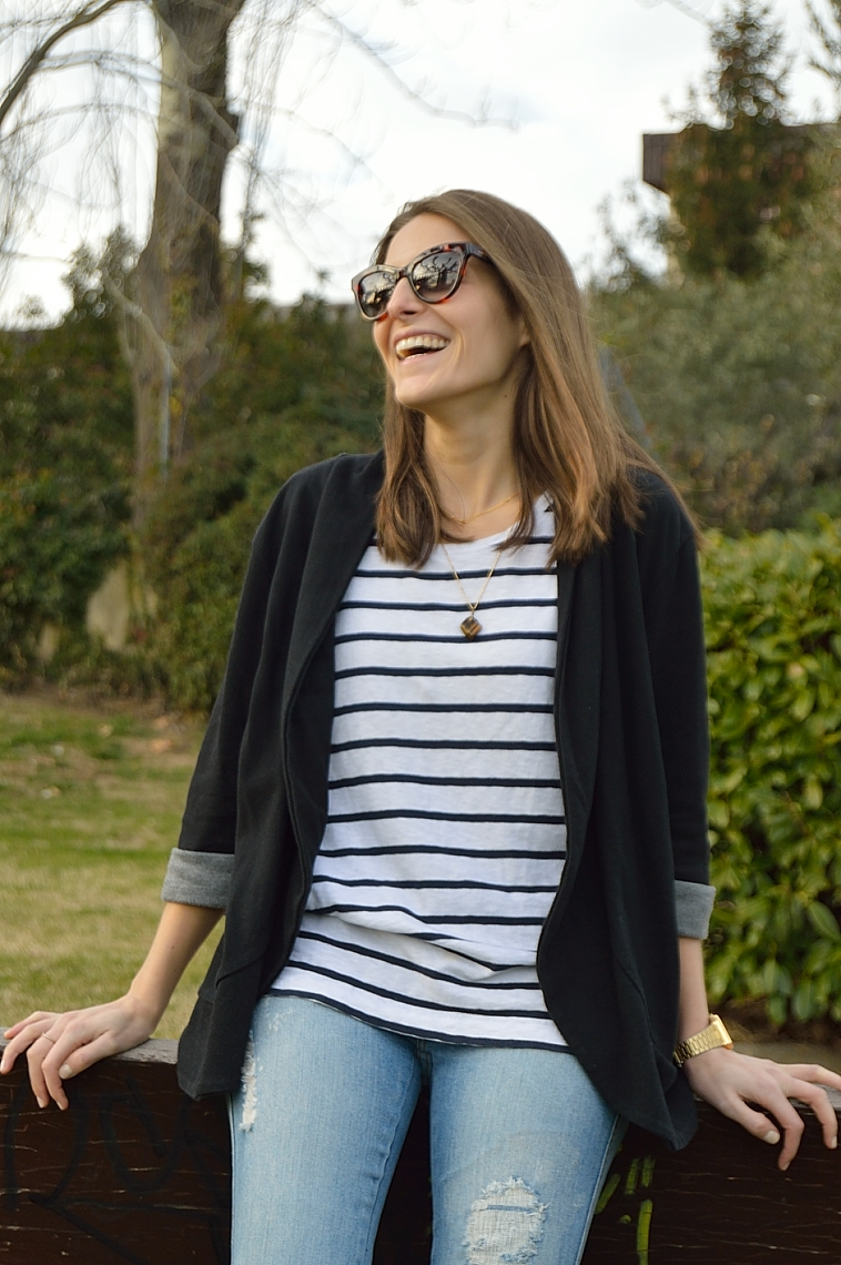 lara-vazquez-madula-blog-casual-chic-stripes