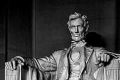 Esta colosal estatua está dedicada a un expresidente de Estados Unidos. De quién se trata?