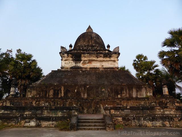 Luang Prabang Wat Wisunarat 01 That Makmo (Watermelon Stupa), Properly Known as That Pathum