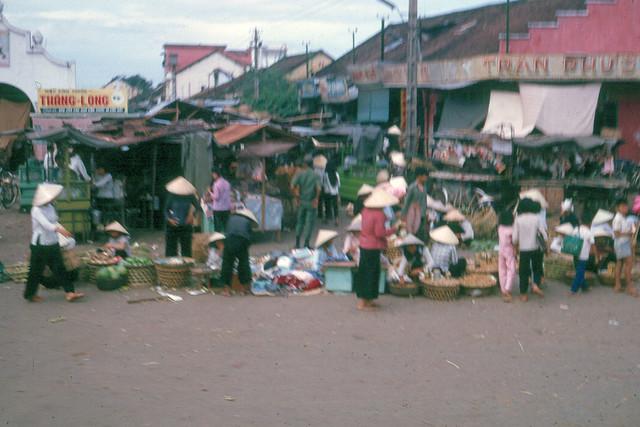 Saigon 1965 - Chợ Thủ Đức