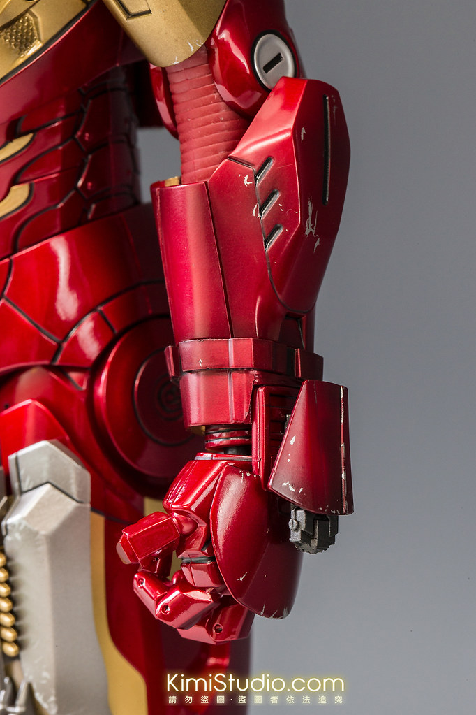 2013.06.11 Hot Toys Iron Man Mark VII-065
