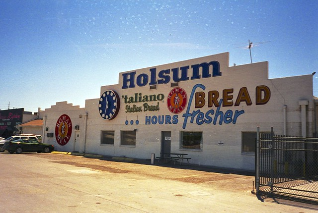 Holsum Bread