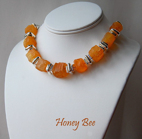 Honey Bee Necklace by gemwaithnia