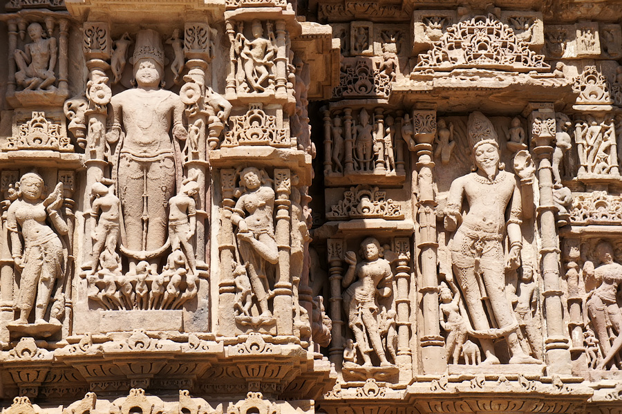 Боги индуизма на стенах храма, Храм Солнца © Kartzon Dream - авторские путешествия, авторские туры в Индию, тревел фото, тревел видео, фототуры