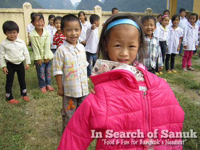 coats for kids in cao bang