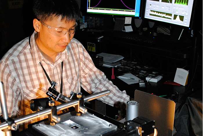 Postdoctoral researcher Young-Shin Park characterizing emission spectra of LEDs  in the Los Alamos National Laboratory optical laboratory.