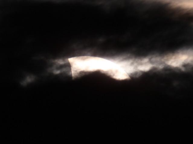 Eclipse parcial de Sol - 2013-11-03