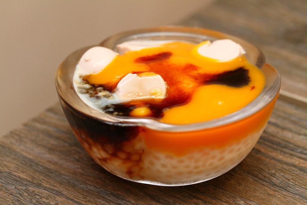 Black Soybean Tofu And Tau Kwa