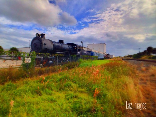 history train wideangle oldschool locomotive iphone iphone5 iprolens