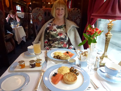 British Pullman - Mary with Brunch