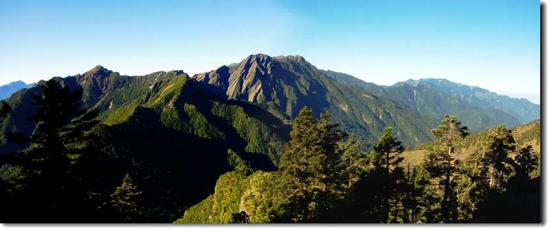 雪山聖稜線(From大霸尖山頂南眺) 2