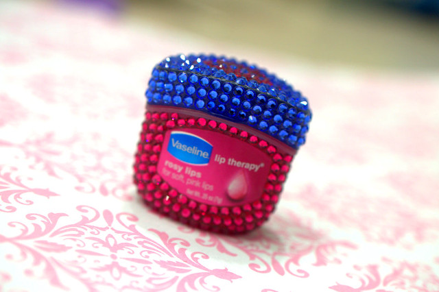 Win a jar of the blinged out Vaseline Lip Therapy Rosy Lips!