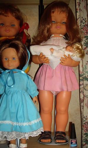 Les poupées de ma maison  11367866576_5a1e8090d4