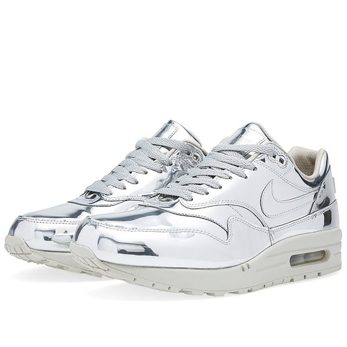 NikeAirMaxLiquid
