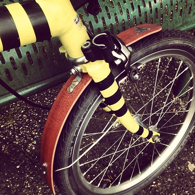 Cool custom Bumble Bee mahogany fenders by NisnasIndustries.com #urban #upgrades #bromptonbicycle #wood