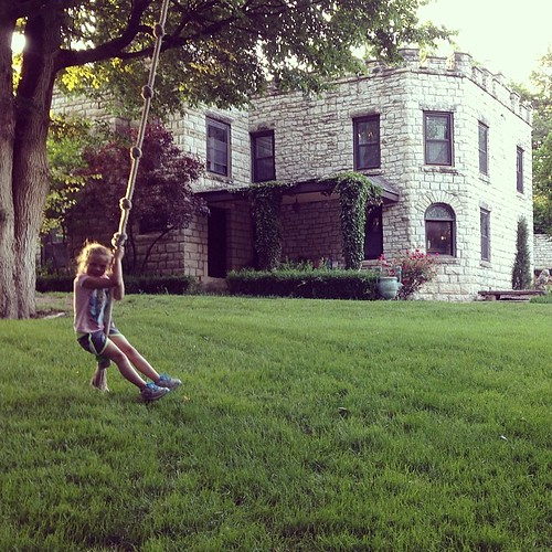Sadie Piper found a rope swing at Kimble Castle. #mhk #manhattanks