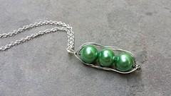 turquoise(0.0), pearl(1.0), jewellery(1.0), gemstone(1.0),