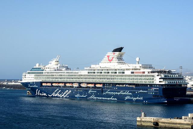 Begegnung auf Lanzarote mit MeinSchiff2