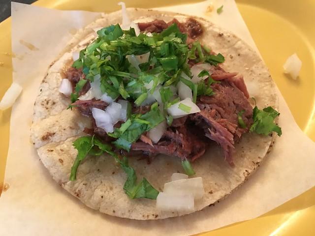 Beef barbacoa taco - Tropisueno