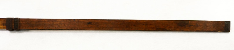 RD14826 Antique Sliding Yardstick ES & Co.  38 inch Brass Sides, Ends and Hardware DSC06555