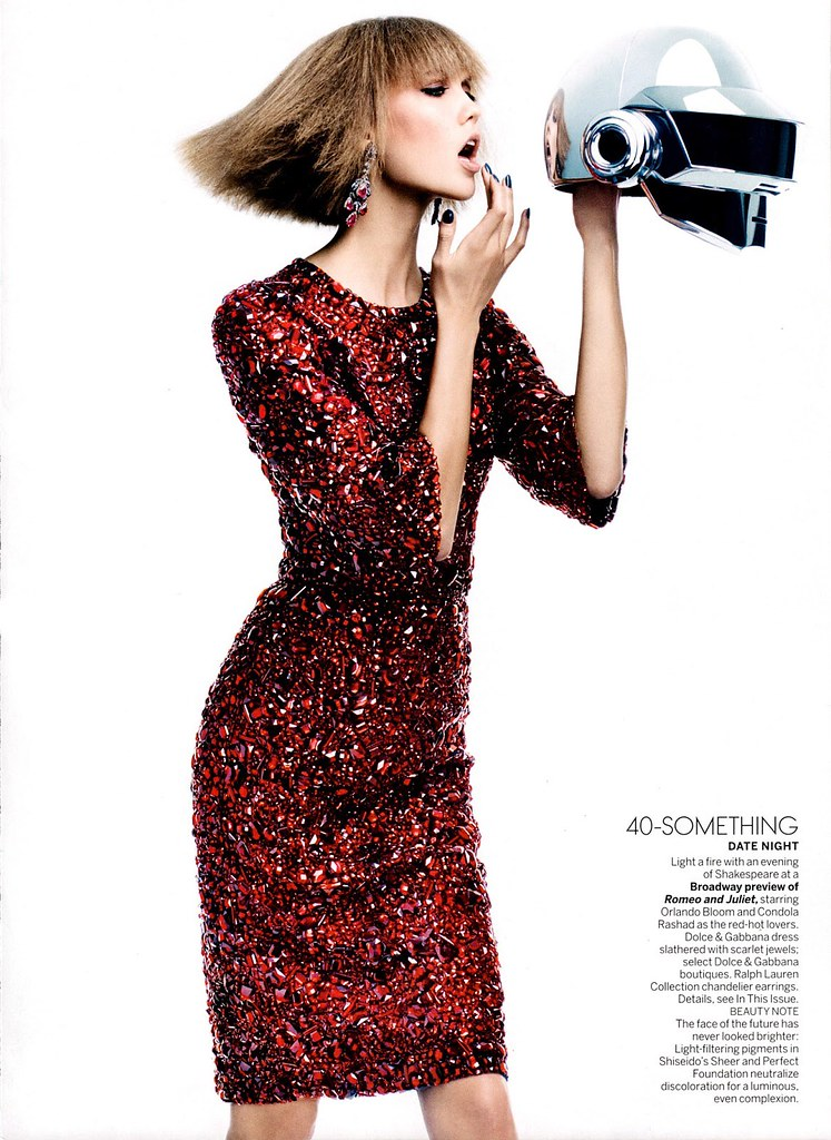fashion_scans_remastered-karlie_kloss-vogue_usa-august_2013-scanned_by_vampirehorde-hq-5