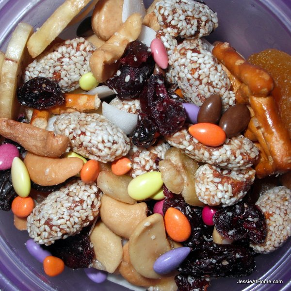 fruit-and-nut-mix