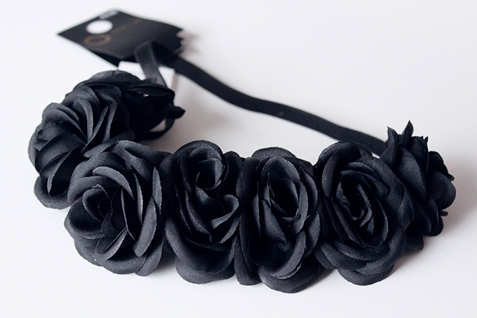 black_floral_headband