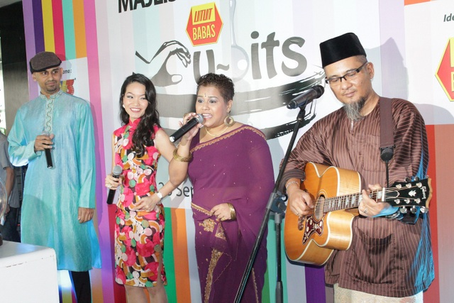 Barisan Artis Menyanyikan Lagu Tema Program Babas Cu~Bits