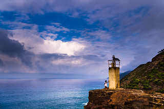 The little girl and the little lighthouse