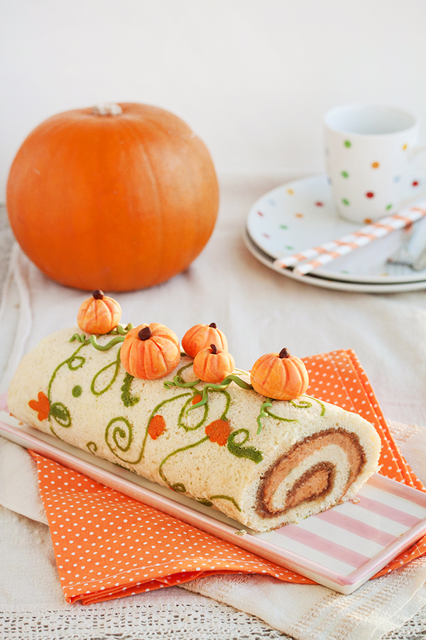 Pumpkin walnut roll