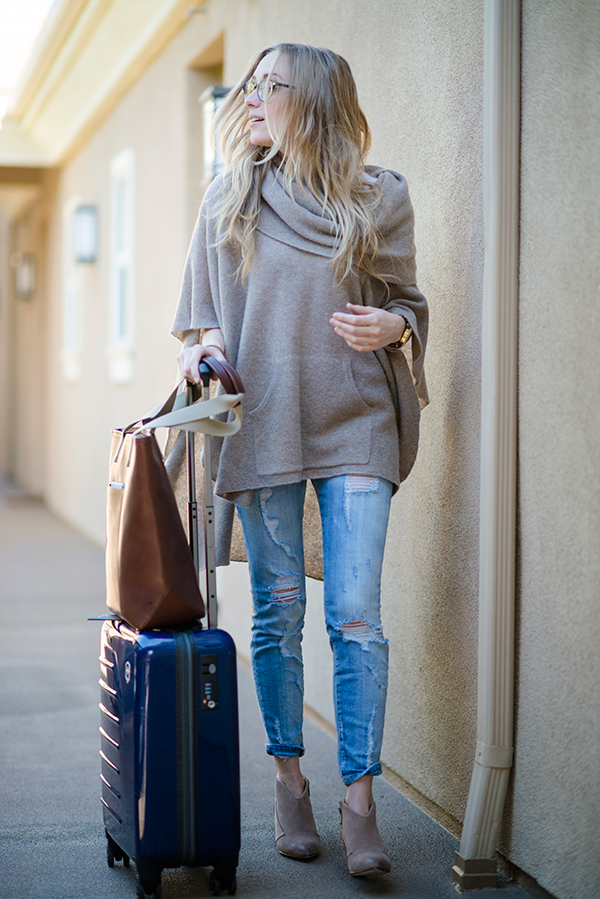 eatsleepwear, outfit, travel, poncho, current-elliott-denim, carry-on