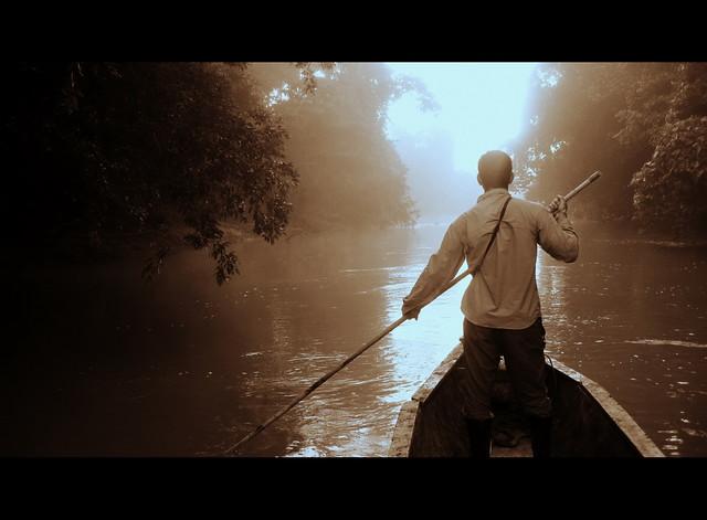 Πλέοντας στα δαιδαλώδη υδάτινα δίκτυα της Αμαζονίας!
