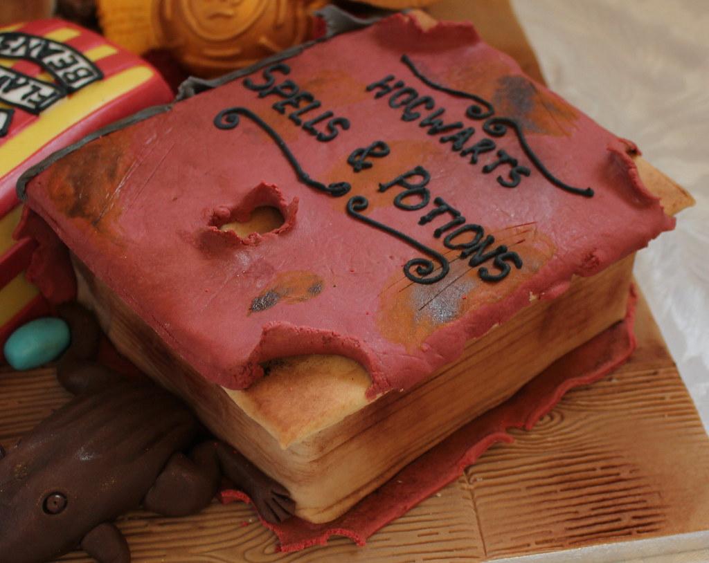 By Pauls Creative Cakes Harry Potter Birthday Cake