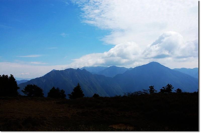 南三段群峰(盆駒山東北望) 1
