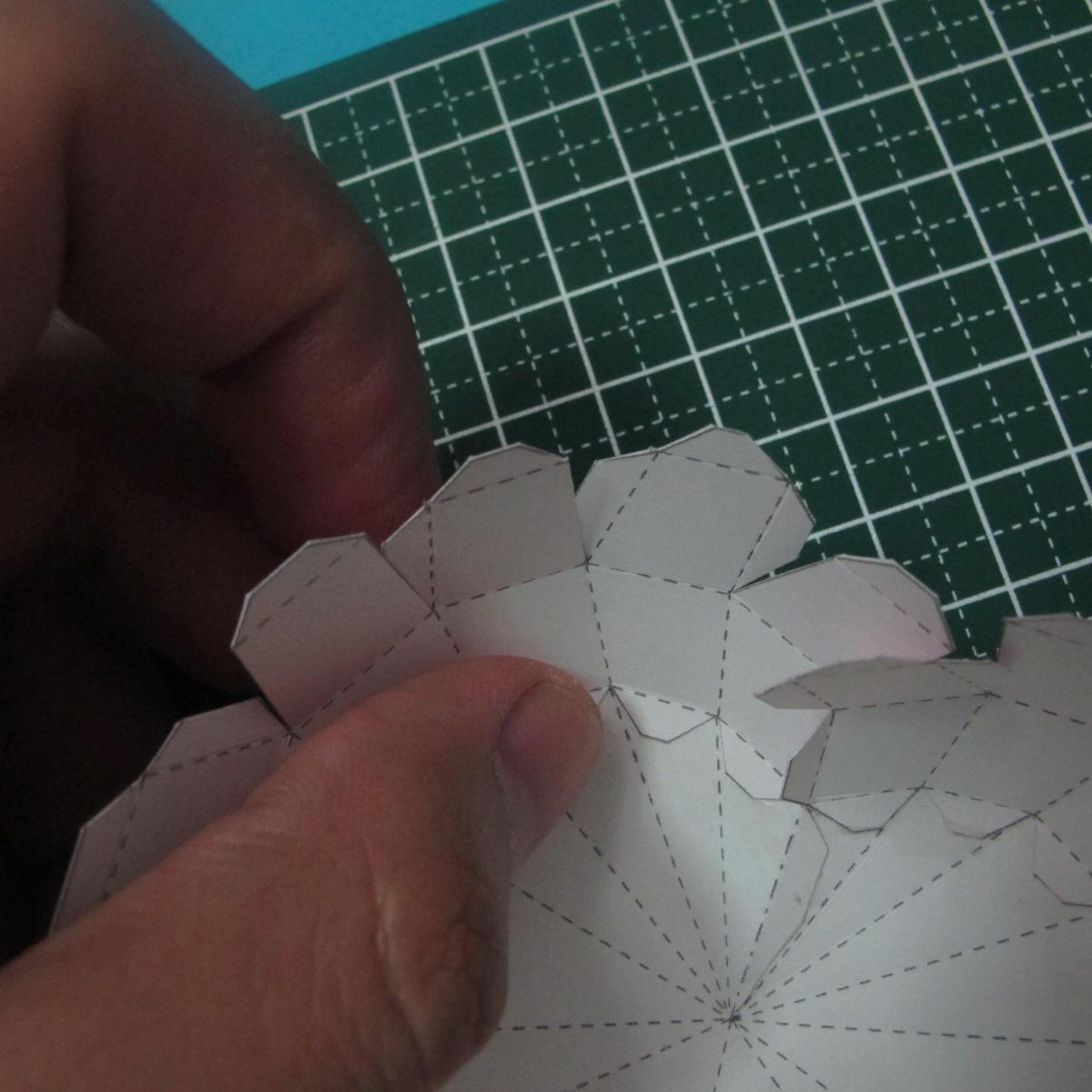 วิธีทำของเล่นโมเดลกระดาษรูปหัวใจ 011