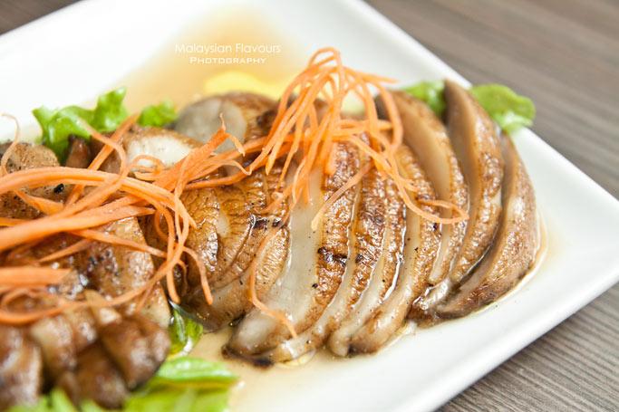 ribs-by-vintry-grilled-portobello-mushroom