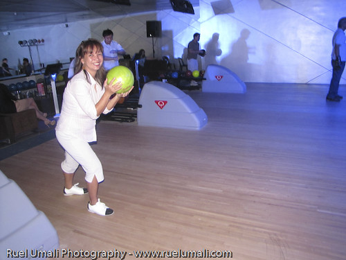 SM Megamall Skating Rink and Bowling Now Open by Ruel Umali - www.ruelumali.com