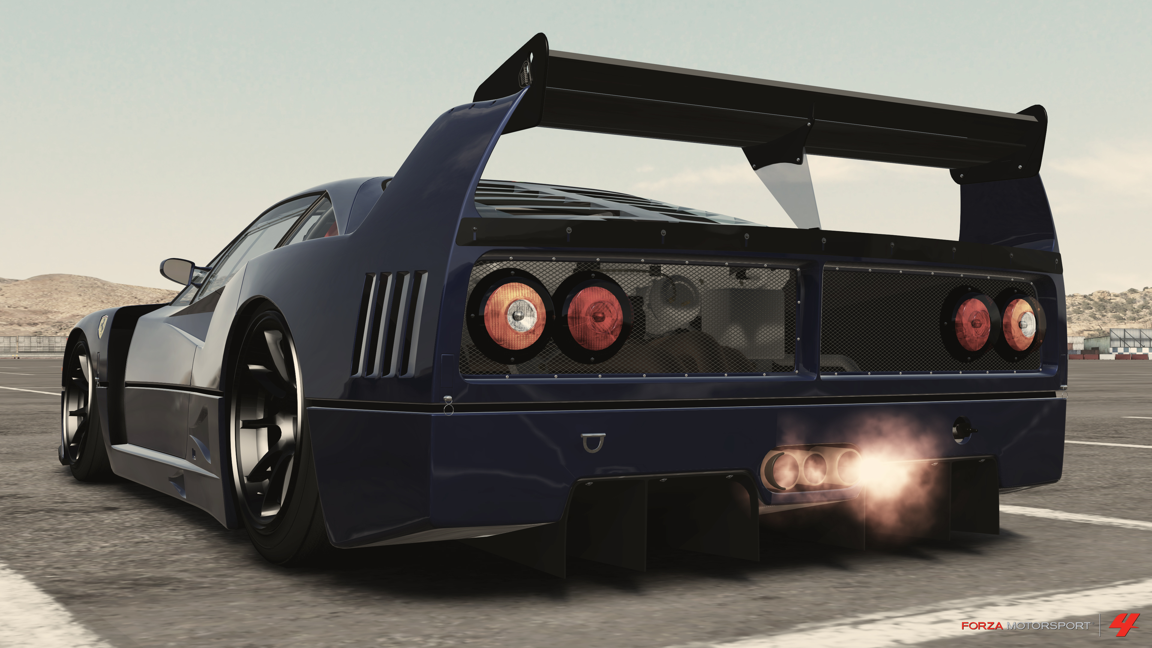 F40 Fezza' spitting flames