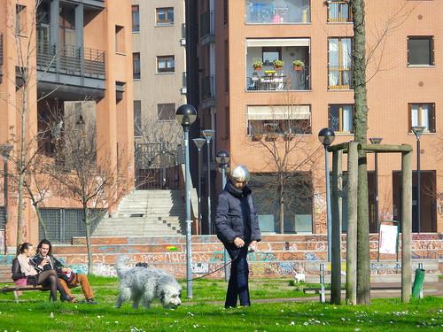 Si sente l'arrivo di primavera a Milano by Ylbert Durishti