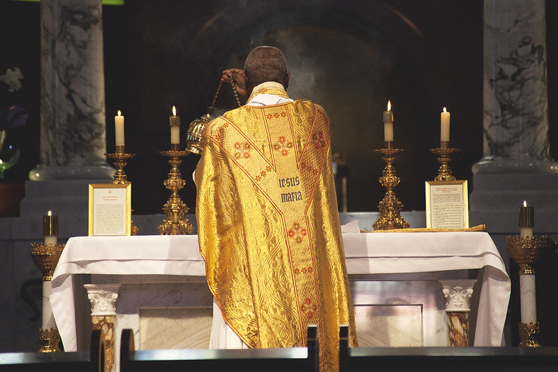 Traditional Latin Mass at USC