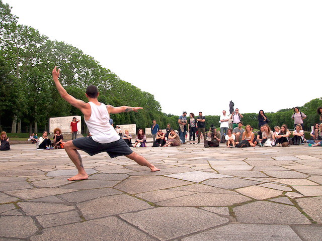 20 Dancers for the XX Century – Boris Charmatz im Treptower Park